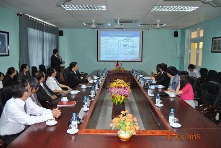 Lãnh đạo Đại học Quốc gia Chonbuk, Hàn Quốc thăm và làm việc với trường ĐHYD Huế